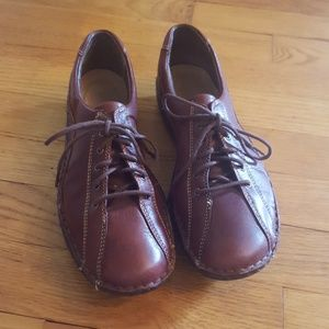 Clark's Leather Lace up Shoes Size 7